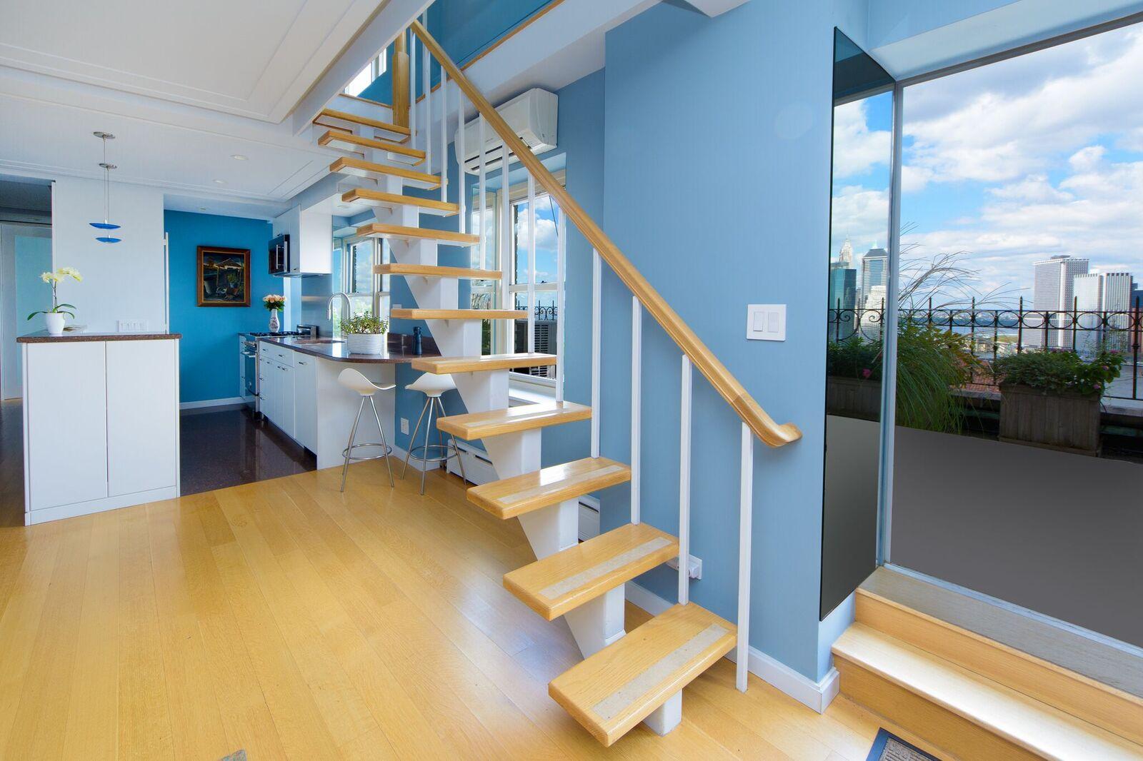 stairs:floor